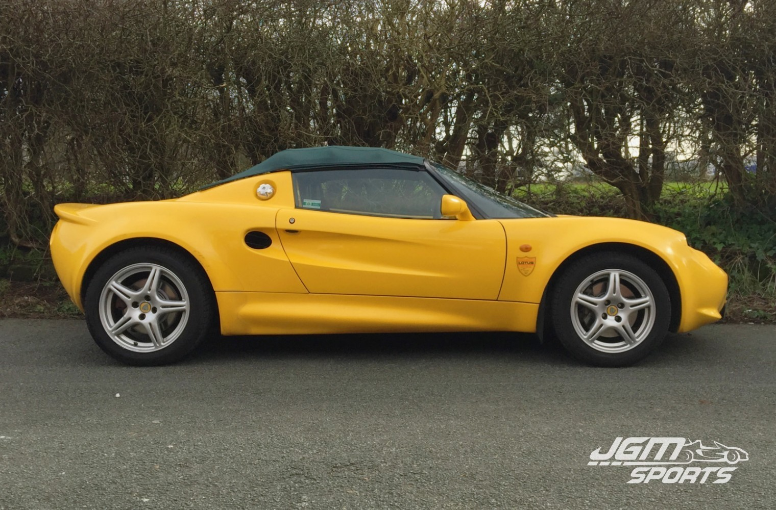 Cars for sale jgmsports sold 1999 s1 lotus elise metalic mustard yellow with green roof interior vanachro Image collections