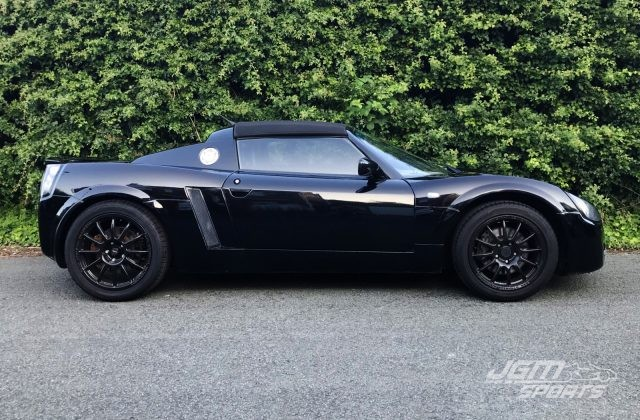 2002 VAUXHALL VX220 BLACK EXCELLENT CONDITION LOW MILEAGE