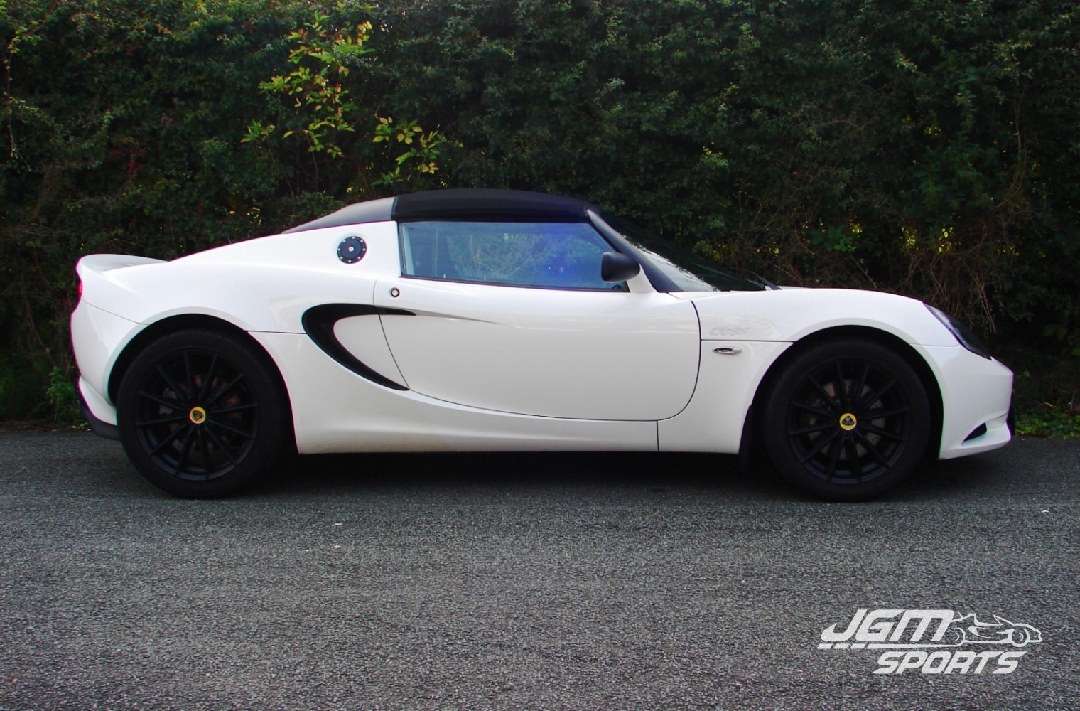 2011 s3 lotus elise club racer 1 6 aspen white jgmsports. Black Bedroom Furniture Sets. Home Design Ideas