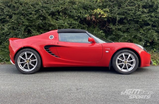 2004 S2 LOTUS ELISE 111R TOURING ARDENT RED EX DEMO CAR ONLY 14K MILES!